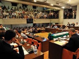 La prima seduta del Consiglio comunale con sindaco Marco Troiano, lunedì 24 giugno 2013. Foto di Giovanni Visini