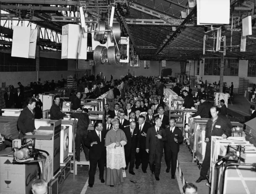 1961-Inaugurazione-stabilim
