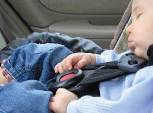 bambini sicurezza cintura auto