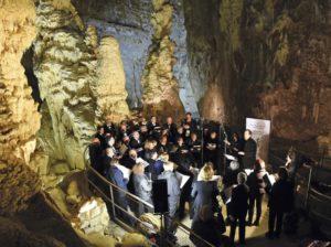 coro san bartolomeo grotte frasassi